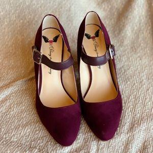 Women's burgundy blocked heels